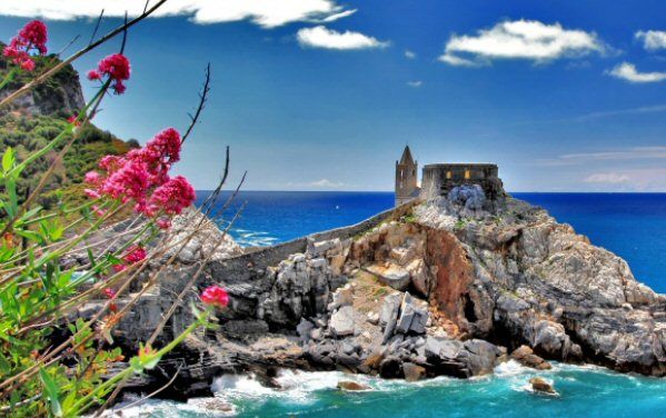 italian castle 1